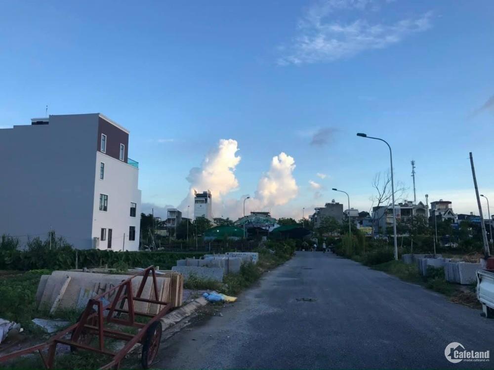 Bán đất Vịt cỏ Hồ Sen, ph Tân Bình, TP HD, 76.5m2, mt 4.5m, đường 13.5m, giá tốt