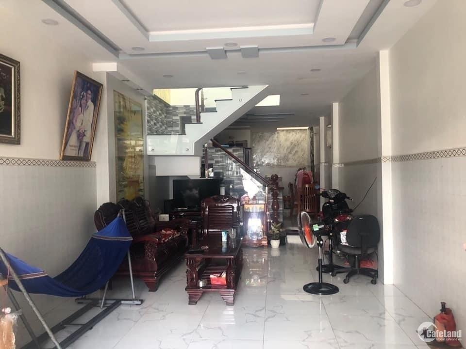 Bán nhà nở hậu, HXH  Đồng Đen P13 Tân Bình, 48m2, 3 tầng, giá rẻ