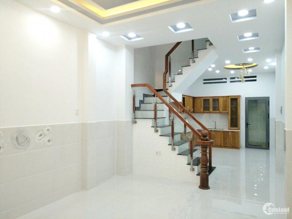 Nhà mới xây dựng xong gần MT Dương Bá Trạc F1 Q8