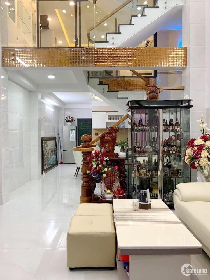 Nhà bán gần MT đường Hưng Phú Phường 10 Quận 8