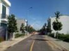 Khu đô thị Tân Long nằm trong KCN Nam Tân Uyên, ngay sau lưng bệnh viện đa khoa Tân Uyên