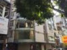 Cho thuê nhà MP Phạm Văn Đồng, Mt 12m, Dt 355m2, 3 tầng, Giá: 219tr/th, Liên hệ: 091276842