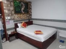 Bán khách sạn 19 phòng 125m² thu nhập 100 triệu tháng quận Tân Bình.