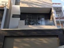 Nhà mới xây hiện đại đầy đủ nội thất gần bãi tắm