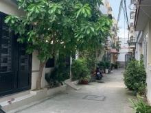 Bán nhà chính chủ hẻm 115 Pham Hữu Lầu Phú Mỹ Q7. Giá : 4tỷ850 triệu
