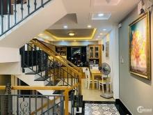 Bán nhà Nguyễn Trọng Tuyển, lô góc đẹp như khách sạn, giá chỉ 5.4 tỉ