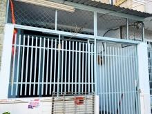 Nhà cấp 4 có lửng hẻm xe hơi Huỳnh Tấn Phát, P. Tân Thuận Tây, Quận 7