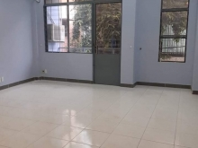 Cho thuê nhà 981/6 Cách Mạng Tháng 8, P7, Quận Tân Bình, DT 5x18m, trệt 2 lầu ST