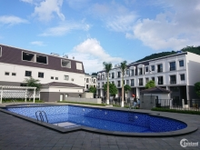 Cần bán nhà phố view bể bơi tại Khu đô thị Kings Town Hạ Long, Quảng Ninh