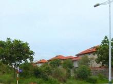 Cần bán đất MT Lê Văn Miến, Q2, giá 9 tỷ 140m2, sổ hồng riêng xây tự do