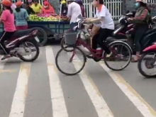 Bán nhà mặt tiền đường Nguyễn Thái Bình