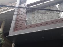 Cho thuê nhà tại ngõ 95 Chùa Bộc. 60m2 xây 5 tầng, mt 5m, thông sàn...