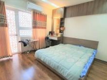 Chuyển nhượng căn hộ chung cư 2 phòng ngủ, gần hồ Phương Lưu