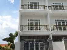 Nhà phố mặt tiền 835 Đinh Đức Thiện chỉ 1ty8 căn siêu đẹp