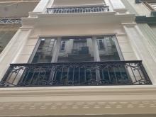 Bán mặt phố Nghi Tàm, Tây Hồ, 5 tầng, mặt tiền, vỉa hè rộng, tiện kinh doanh
