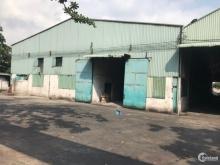 Cho thuê kho xưởng DT 5200m2 ngay QL1A - 50k/m2
