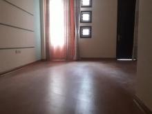 Cho thuê nhà ngõ 12 Đào Tấn, 55m2x5T, để thông, nhà đẹp, có vỉa hè, tiện kd