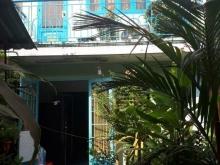 Bán gấp nhà phố cũ tiện xây mới mặt tiền đường Nguyễn Thị Định Q2