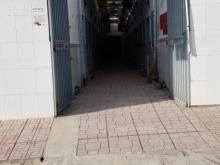 Bán nhà cấp 4 có 22 phòng trọ mặt tiền đường 179, p LONG THẠNH MỸ.400M2 GIÁ 19TỶ