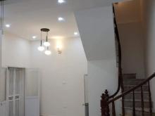 Bán nhà phố VĨNH PHÚC – Ba Đình, 31M2*5 tầng*7m mặt tiền, nhà đẹp giá chỉ 3 tỷ!