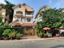 Biệt thự bán Khu Him Lam 6A Bình Chánh.DT: 12x20m có sân vườn rộng.Giá; 28 tỷ.