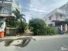 Bán hai lô đất liền kề Đường Lã Xuân Oai. Phường Tăng Nhơn Phú A, Q.9