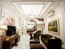 Chính chủ bán nhà Khâm Thiên, Đống Đa, DT 59m2 x 4 tầng, Mt 4m, Nội thất hoàng g