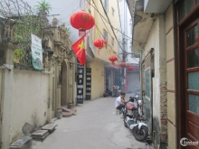 CC bán đất chia lô đầu phố Bà Triệu gần chợ Hà Đông nở hậu 50m2 chỉ 2.68 tỷ.