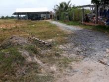 Gia đình cần bán gấp lô đất Thị Trấn Đức Hòa, Giá: 620tr, Diện tích: 10x20m2