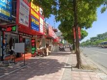 Chính chủ bán nhà phố Ngô Gia Tự – Long Biên, diện tích 136m2 x 2 tầng giá 14.7