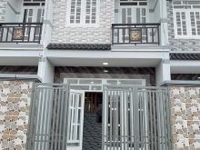 Nhà phố liền kề Hóc Môn 1 lầu 2pn 40m2 giá 840tr