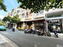 Bán nhà 2MT Trường Sa - Trần Văn Khê, P17, DT 4.2x12m, 2 tầng, Giá 10.8 tỷ TL