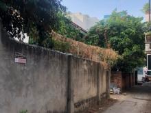 Nhà cũ đường số 10, Trần Não, Bình An, Quận 2. Diện tích: 175m2. Giá tốt.