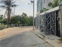 Bán  gấp nhà gần cầu vượt Gò Dưa và chợ đầu mối Thủ Đức,LH 0908795128..