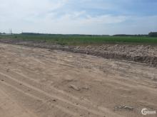 tôi cần bán gắp mãnh đất 1969m2 mặt  tiền kênh lộ 11m