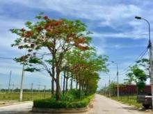2 suất ngoại giao đối diện cổng chính bệnh viện quốc tế Sao Mai KĐT Sao Mai