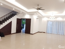 Biệt thự Riviera An Phú, Quận 2. Diện tích: 298m2. Giá tốt.