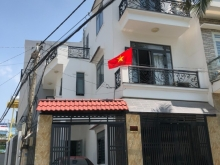 Nhà góc 2 mặt hẻm, sổ riêng, sân đậu oto gần đường Tô Ngọc vân - Viện Dưỡng lão