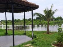 Bán căn Bungalow nghỉ dưỡng  cách biển Hồ Tràm 500m, có bờ suối bao quanh