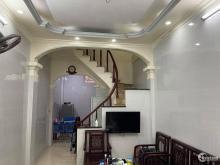 Chính chủ cần bán nhà Định Công gần 45m giá 3.4 tỷ, ô tô tránh 15m, nhà đẹp.