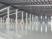 Cho thuê 2000m2 kho, xưởng tại mặt đường QL5, cách cầu chui 500m, Long Biên, HN
