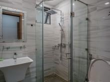 Cần Bán căn hộ 2 phòng ngủ , 2wc, 80m2 Block A1 tầng 16 , The Gold View Quận