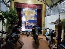 Nhà Trần Thái Tông 72m2, 4T, ngõ rộng, nhà 2 thoáng, khu dân trí, 6.9tỷ
