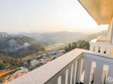 Bán khách sạn lớn 50 phòng view rừng thông trung tâm Đà Lạt
