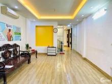 CC bán nhà mặt phố Bà Triệu đoạn đẹp nhất gần phố Lê Lợi 50m2 chỉ 6.116 tỷ.