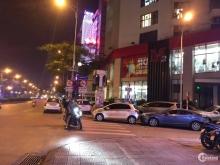 Quá đẹp, Nhà mặt phố Ngọc Lâm, Thang máy, Kinh doanh vô đối.