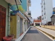 Bán nhà Lý Sơn, Phân lô, Ôtô vào nhà, DT52m², MT5.7m, Giá 3.5 tỷ.