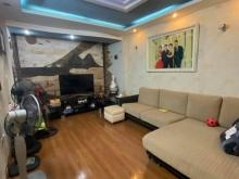 Nhà đẹp giá rẻ Nguyễn Ngọc Vũ diện tích 45m2 5tầng mặt tiền 3.5m giá 5.6 tỷ