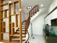 Nhà siêu đẹp Lạc Long Quân 36m2, 5T, nội thất mới, cực gần oto, 4.7tỷ
