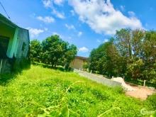 Bán đất chính chủ mặt tiền đường Ngô Quyền thị trấn Cam Đức.LH: 0909277255